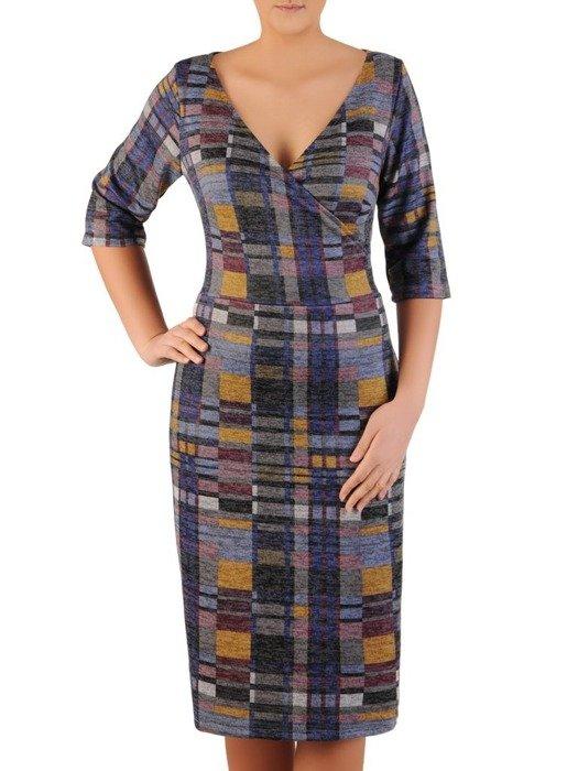Sukienka z dzianiny, kreacja z kopertowym dekoltem 24129