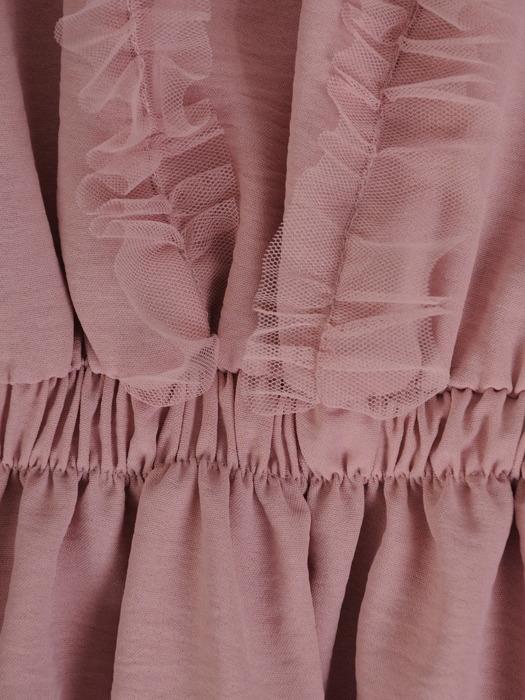 Sukienka z falbanami, dziewczęca kreacja w pudrowym kolorze 21548