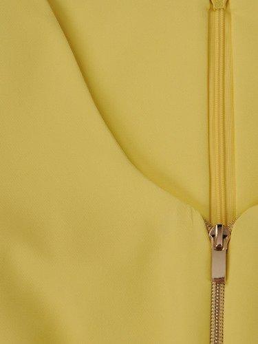 Sukienka z ozdobnymi zamkami Emilia V, piękna kreacja w kolorze żółtym.