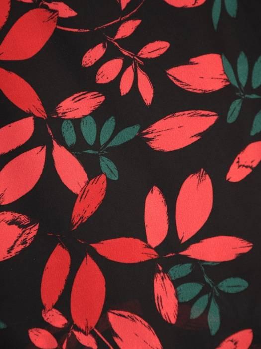 Sukienka z szyfonu, zwiewna kreacja w roślinny deseń 30520