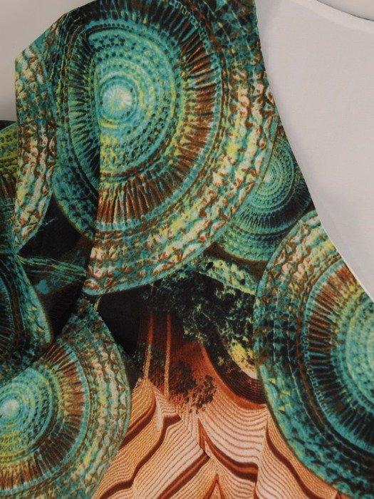 Sukienka z szyfonu, zwiewna kreacja z falbanami 26077