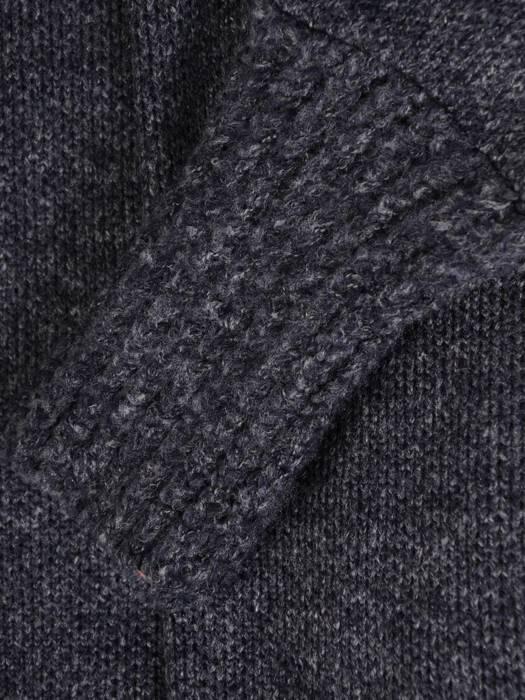 Wełniany sweter w nowoczesnym fasonie 27753