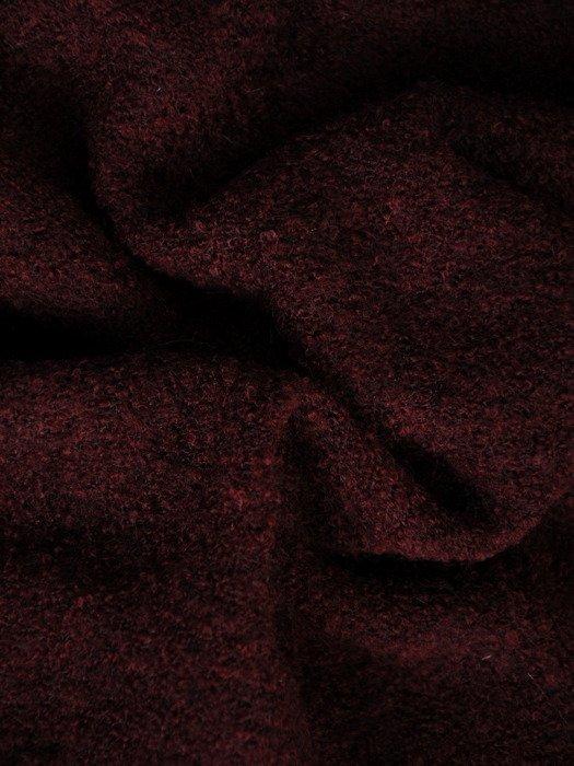 Wełniany sweter z oryginalną aplikacją 18556.