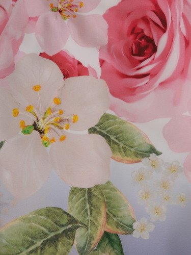 Wiosenna sukienka w kwiaty 15845, elegancka kreacja z tkaniny.