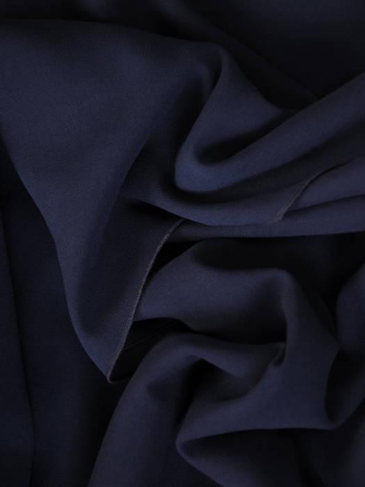 Wizytowa sukienka z łączonych materiałów z kopertowym dekoltem 31108