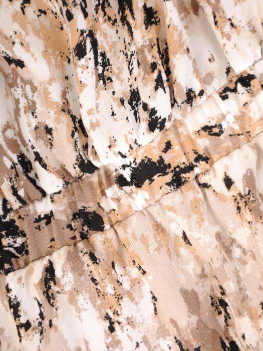 Wzorzysta sukienka z odkrytymi ramionami 29389
