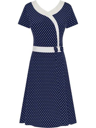 Zwiewna sukienka w groszki Petronia, wiosenna kreacja w stylu klasycznym.