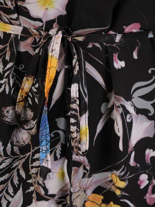 Zwiewna sukienka z ozdobnymi falbanami 26261