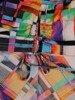 Kolorowa bluzka z guzikami przy dekolcie 25001